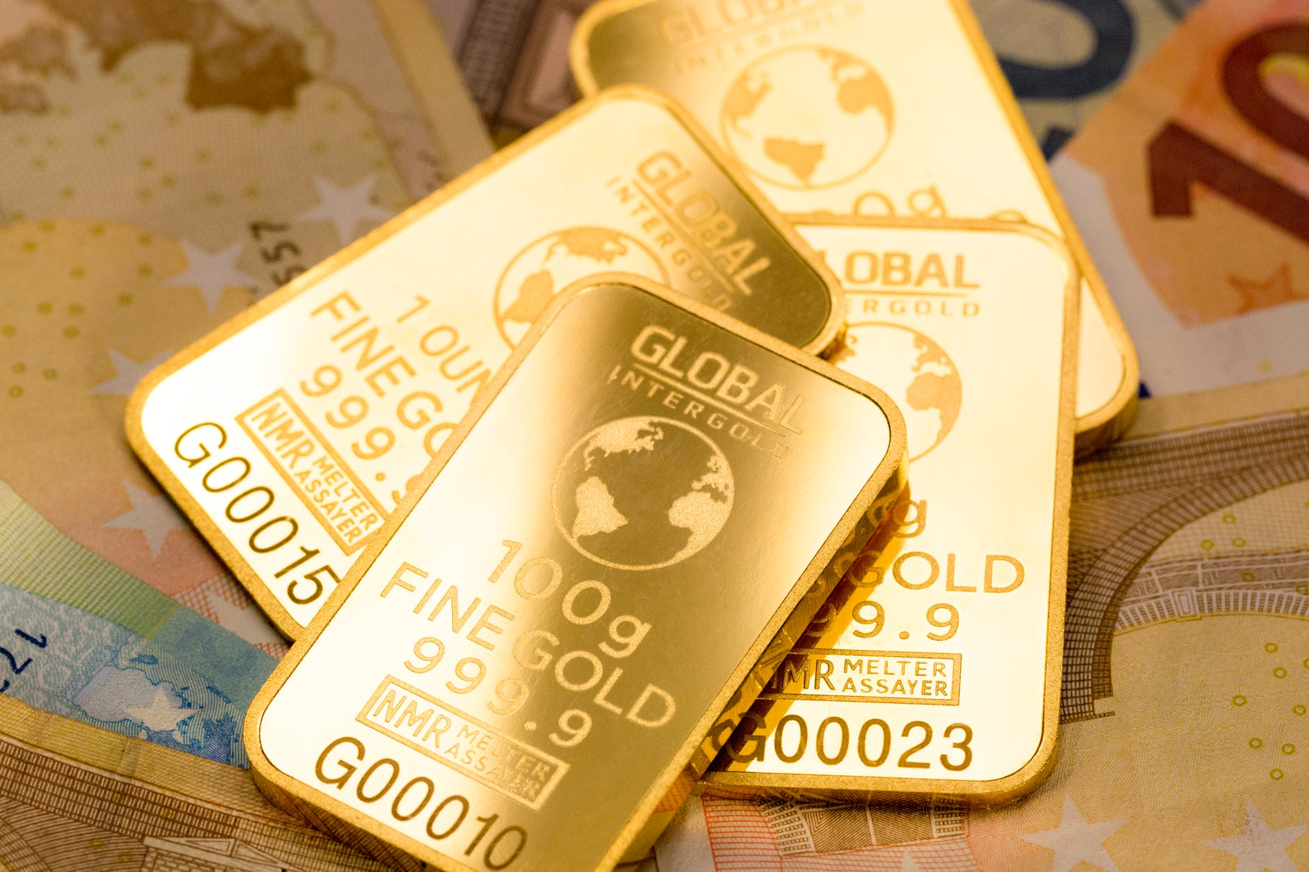 Consumer Alert: 5 Reasons Why Gold Bars And Gold Coins Are Ideal Gifting Options