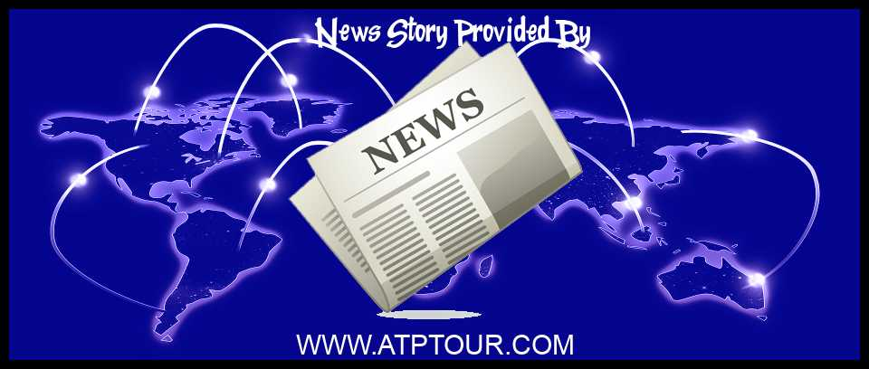 Tennis News Stefanos Tsitsipas Fashion Andy Murray S Hitting Tennis At Home Roundup Atp Tour Sports Daily News Robinspost News Network